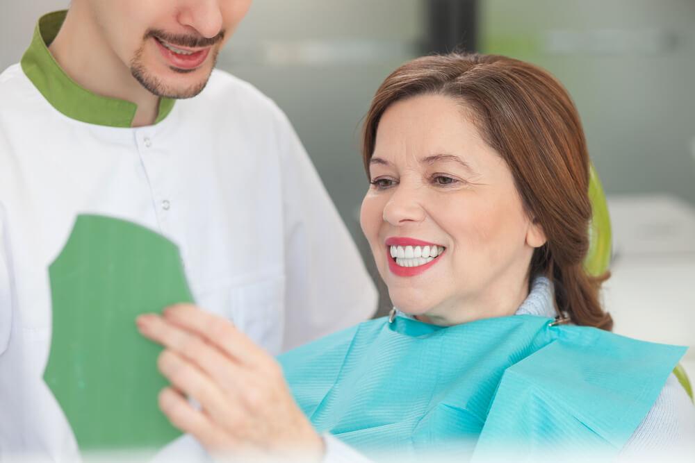 Prótese dentária fixa: tire suas dúvidas