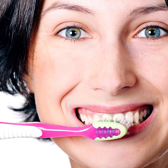 Como cuidar dos seus dentes escovando corretamente.